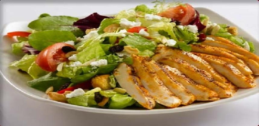 صنع سلطة الخضروات بشرائح الدجاج - كيفية صنع سلطة الخضروات بشرائح الدجاج