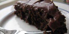 عمل كيك شوكولاتة بالصوص 240x120 - أسلوب عمل كيك شوكولاتة بالصوص