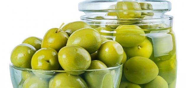 مخلل الزيتون الاخضر - مكونات مخلل الزيتون الاخضر