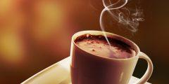تقديم مشروب القهوه بالكاكاو