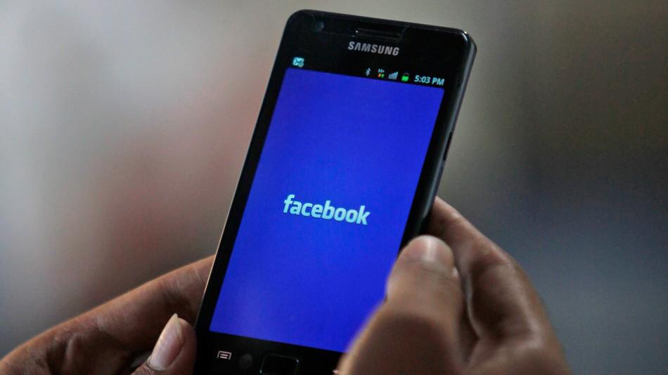 facebook - مؤسسي واتساب يدعون لحذف الفيسبوك